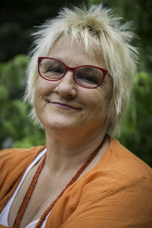 Helen Brugat